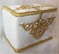 Шкатулка для украшения невесты